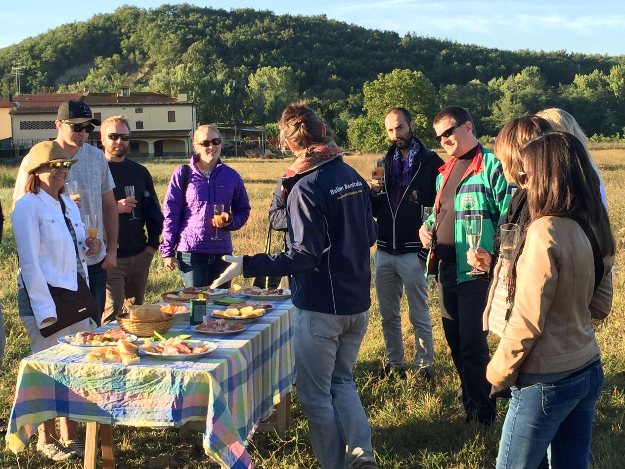 Hot air balloon, and Prosecco and breakfast in tuscany