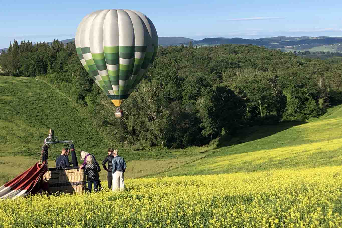 Green Balloon over the chianti