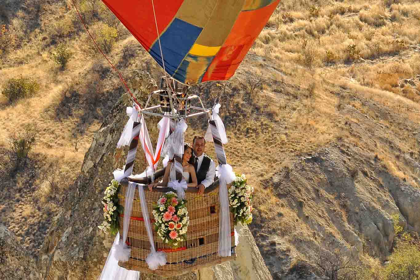 Ballooning wedding flight