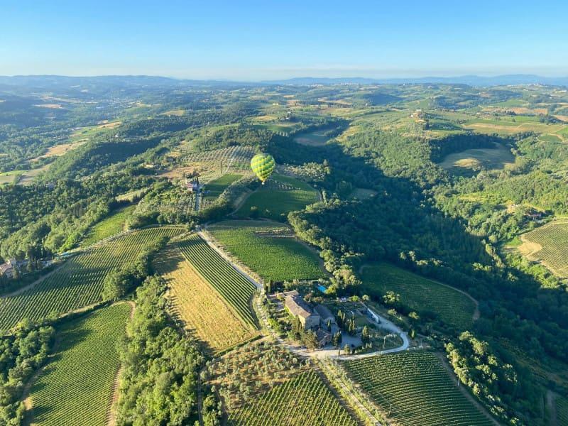 balloon ride in tuscany
