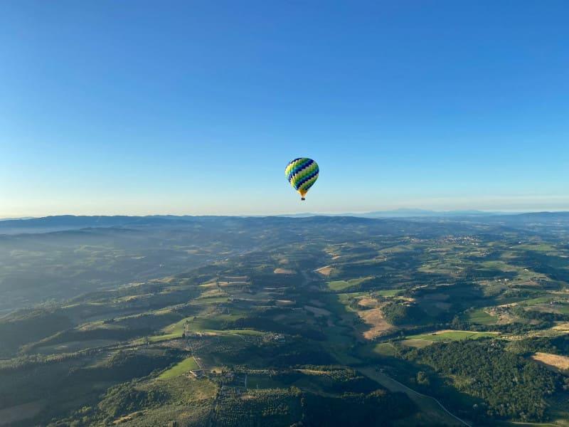 hot air balloon tour of Tuscany